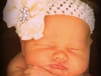 courtney-anderson-8-days-old-000096