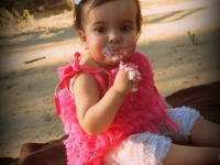 izabel-1-year-july-2012-250-001
