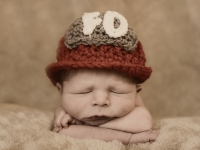 kolton-avant-newborn-may-2014-00117